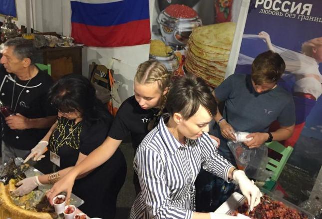 Народная дипломатия: шеф-повара из Европы популяризируют русскую кухню