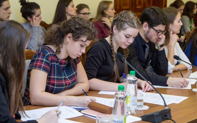 Журналисты из стран ближнего зарубежья приедут на учебу в Москву